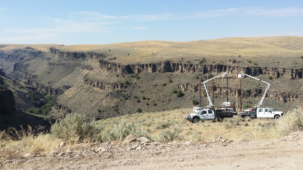 Crews working on the powerlines above Fast Fork of the Jarbidge River before reaching Murphy Hot Springs.